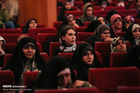 نمایش مستند ایکس سونامی در مشهد