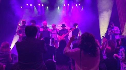 عکس های کنسرت شادمهر عقیلی در واشنگتن