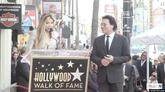 ستاره دار شدن اندی، خواننده لس آنجلسی در بلوار هالیوود