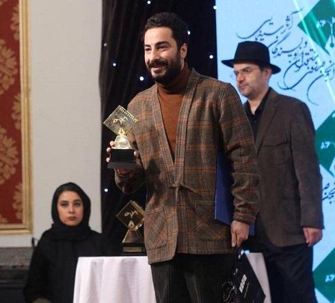 نوید محمدزاده در جشن منتقدان سینما 98,جشن منتقدان سینما,عکس هنرمندان