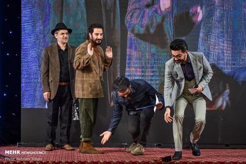 جشن منتقدان سینما,عکس هنرمندان,نوید محمدزاده در جشن منتقدان سینما98