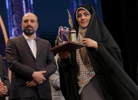 زینب ابوطالبی,مجری جنجالی