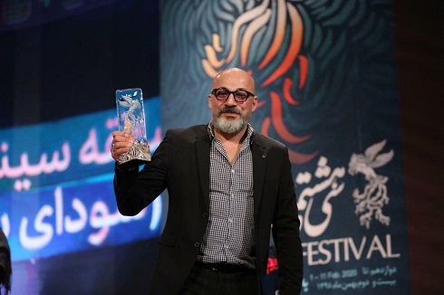 امیر آقایی بهترین بازیگر نقش مکمل مرد جشنواره فجر 98