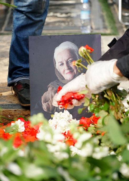 تشییع پیکر ملکه رنجبر بدون برگزاری مراسم