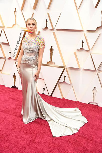 بدترین مدل لباس در مراسم اسکار 2020 Oscar اسکارلت جوهانسون Scarlett Johansson,بدترین مدل لباس,بدترین مدل لباس در اسکار 2020,مدل لباس در اسکار 2020