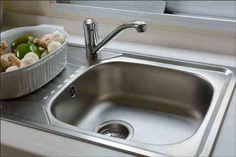 سینک ظرفشویی تان را مانند روز اول، برق بیاندازید