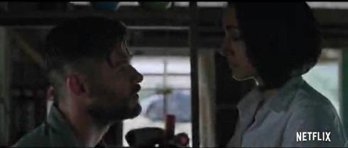 بازی گلشیفته فراهانی و کریس همسورث در فیلم Extraction