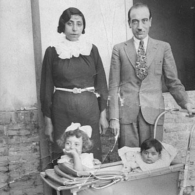 ابوالحسن صبا و همسرش