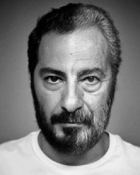 نوید محمدزاده در فیلم سینمایی تفریق