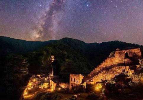 عکس زیبا قلعه رودخان