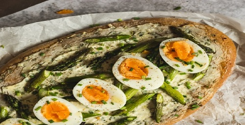 egg-with-bread-as-a-healthy-meal.jpg