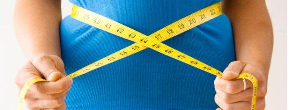کوچک کردن شکم با 8 خوراکی ساده و در دسترس