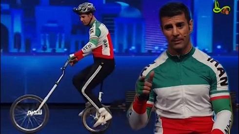 منصور نادری و حرکات نمایشی با تک چرخ در عصر جدید