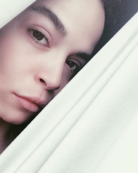 سلفی ملیکا شریفی نیا بدون آرایش