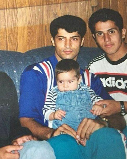 عکس مهرداد میناوند در کنار پسرش