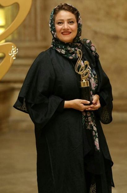 مدل مانتو شبنم مقدمی در جشن حافظ 99,مدل مانتو بازیگران زن ایرانی در جشن حافظ 99
