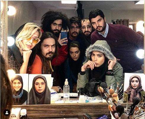 ریحانه پارسا سینا مهراد و ساناز طاری در پشت صحنه سریال پدر