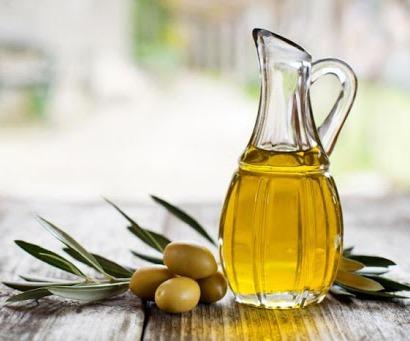 تقویت و تسریع رشد مو با روغن زیتون,تقویت و تسریع رشد مو با 9 روغن گیاهی موثر
