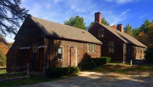 خانهای که خانواده پرون به مدت 10 سال در آن زندگی کردند