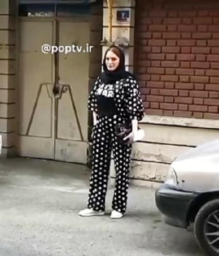 ژست های جالب بهنوش طباطبایی در خیابان