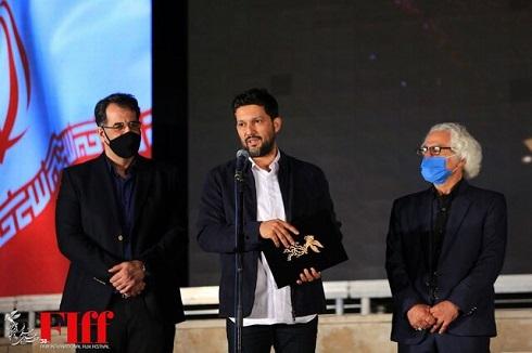 حامد بهداد در مراسم تجلیل از افتخارآفرینان سینمای ایران