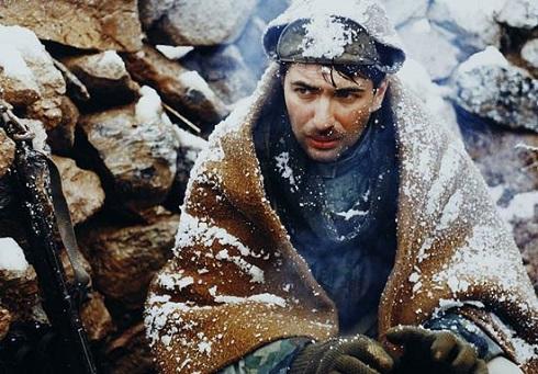 پارسا پیروزفر در اشک سرما