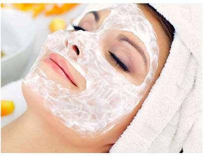 چگونه ماسک صورت ماست تهیه کنیم؟,ماسک ماست، معجزه ای که پوست تان را زیبا می کند!,طرز تهیه 6 ماسک صورت پرطرفدار