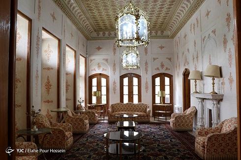 فضای داخلی بنای باغ عفیف آباد شیراز