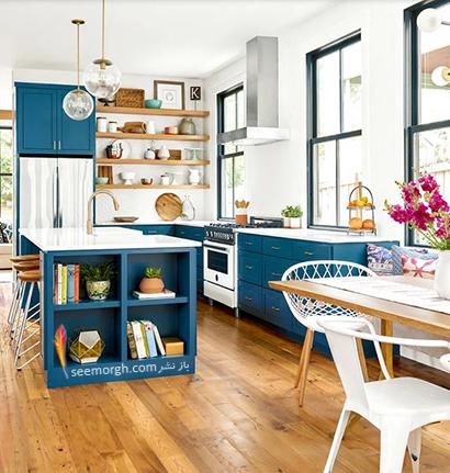 ست کردن رنگ آبی تیره با رنگ چوب در دکوراسیون داخلی,در دکوراسیون داخلی چه رنگ هایی را می توانیم با رنگ آبی ست کنیم؟,9 ترکیب زرق و برق دار با رنگ آبی برای دکوراسیون داخلی
