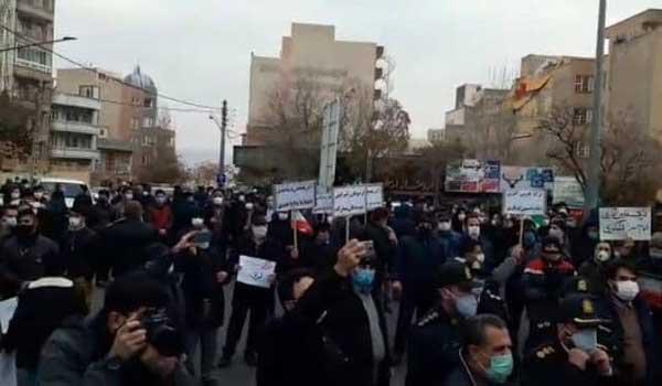 تجمع مردم تبریز در اعتراض به سخنان اخیر اردوغان