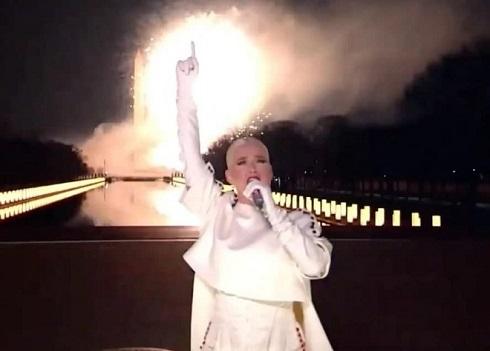 آتش بازی کیتی پری در مقابل جو بایدن