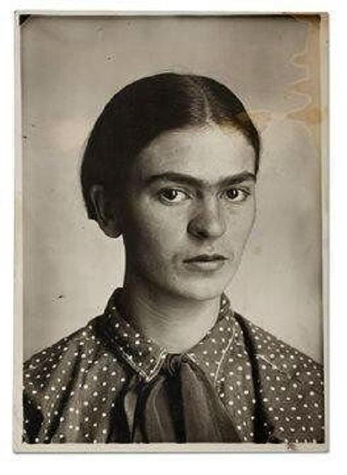 فریدا کالو حدود سال ۱۹۲۶