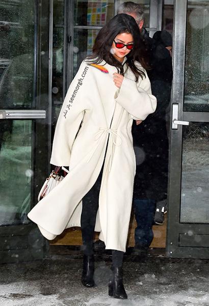 استایل های سلنا گومز Selena Gomez برای زمستان 2021,سلنا گومز,استایل زمستانی سلنا گومز,ست کردن لباس زمستانی سلنا گومز
