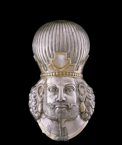 ماسک شاپور ساسانی در موزه متروپولیتن نیویورک