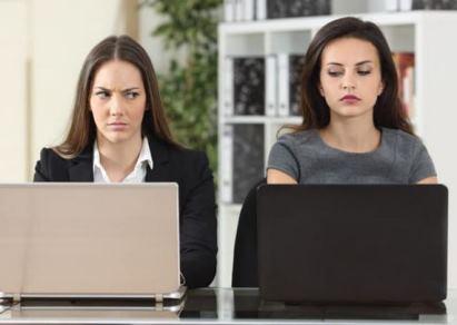 11 ویژگی یک همکار نفرت انگیز که بهتر است بدانید!!