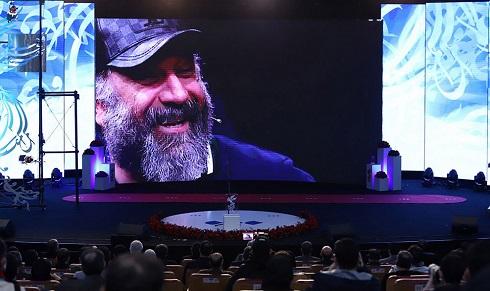 گرامیداشت زنده یاد علی انصاریان در اختتامیه جشنواره فجر