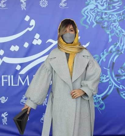 مدل پالتو سارا بهرامی در پنجمین روز جشنواره فجر 39,مدل پالتو,مدل پالتو بازیگران زن ایرانی,مدل پالتو در جشنواره فجر
