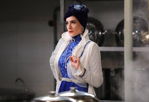ویشکا آسایش در سریال دراکولا