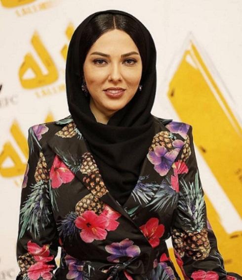 لباس خاص لیلا اوتادی در اکران فیلم