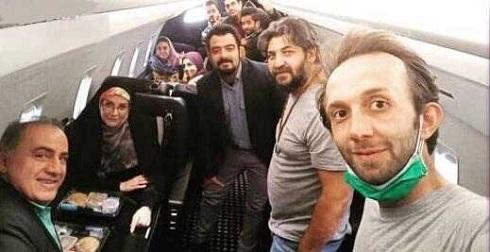 بازیگران و عوامل بچه مهندس بدون ماسک در هواپیما