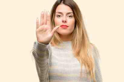 7 عادت اشتباه زنانه که باید ترک کنید!!,خانم ها، این 7 عادت اشتباه را ترک کنید