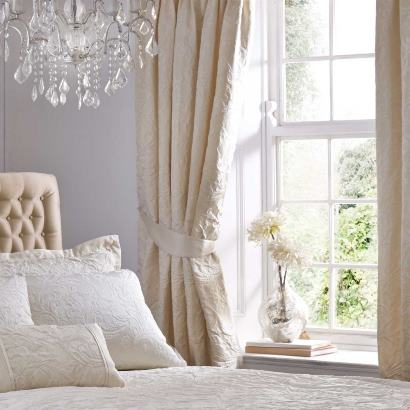 پرده اتاق خواب تان را با 10 نکته زیر اصولی و حرفه ای انتخاب کنید!!