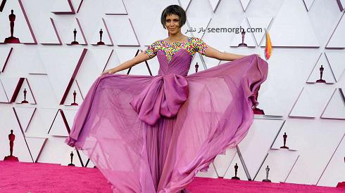 هلی بری Halle Berry روی فرش قرمز 2021 Oscar