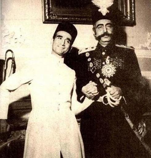جمشید مشایخی در نقش ناصرالدین شاه