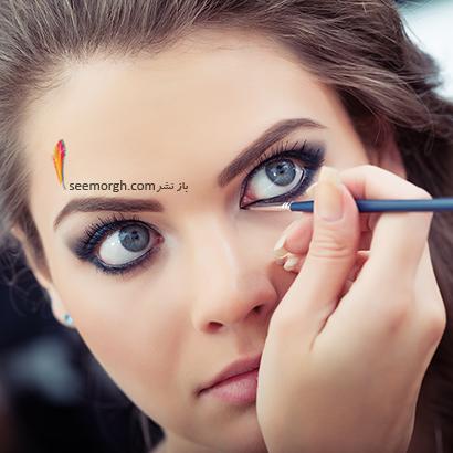 اشتباه چهارم در کشیدن خط چشم: استفاده بیش از حد از خط چشم برای پلک پایین