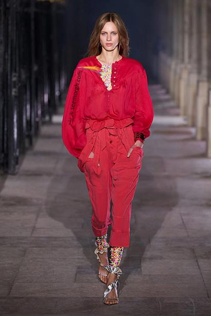 بهار 2021 چه رنگ هایی بپوشیم؟ رنگ قرمز آتشین ترند بهار 2021,رنگ های ترند بهار 2021 در دنیای مد