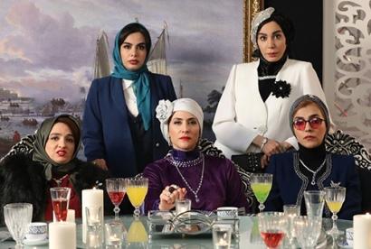 خانه اشرافی ملکه کبیری,نگاهی به دکوراسیون تجملاتی سریال دراکولا