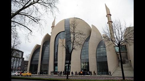 مسجد کلن در شهر کلن (آلمان)