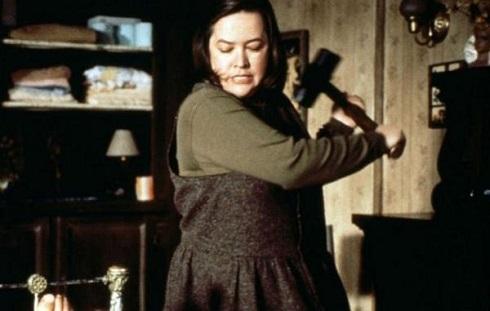 کتی بیتس در میزری (۱۹۹۰)