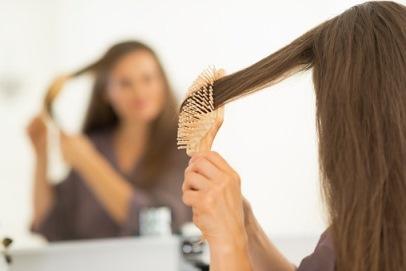 جلوگیری از ریزش مو در حمام,نکاتی برای جلوگیری از ریز موها در حمام و زیر دوش,ریزش مو,دلایل ریزش مو در حمام